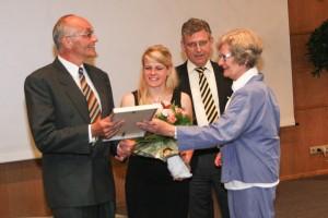 v.l.: Klaus Schönfelder, Anne Spitzer, Dr. Fritz Baur, Dr. Dorothee Freudenberg.