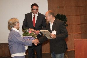 v.l.: Dr. Dorothee Freudenberg, Minister Alexander Schweitzer, Dirk Binnewies.