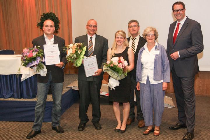 v.l.: Dirk Binnewies, Klaus Schönfelder, Anne Spitzer, Dr. Fritz Baur, Dr. Dorothee Freudenberg, Minister Alexander Schweitzer.